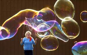 bubble_lady